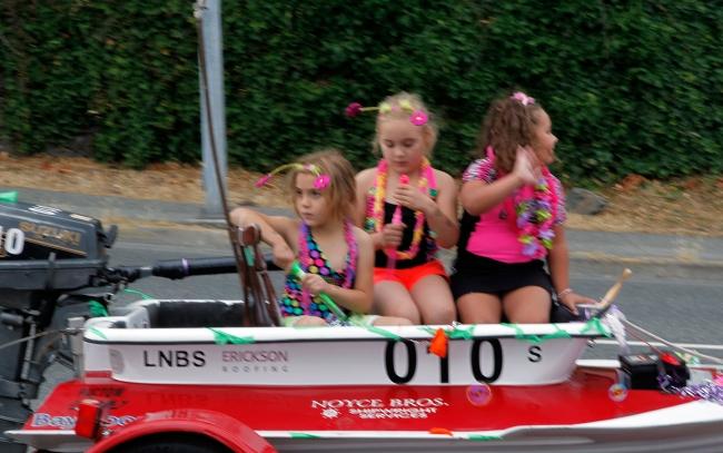 The World Championship Bathtub Race Parade