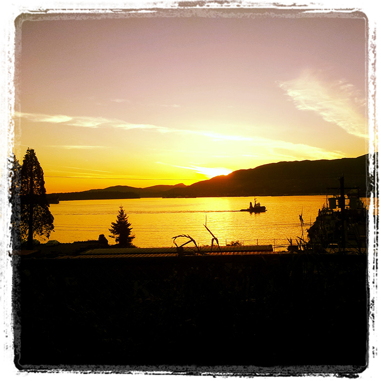 Tugboat, Burrard Inlet, Vancouver, British Columbia, Canada