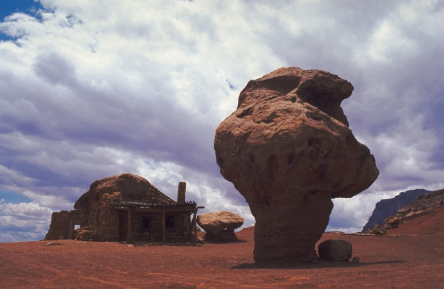 The Old Cliff Dweller's Lodge, U.S. Highway 89A between Jacob Lake and Bitter Springs, Marble Canyon, Arizona, United States of America
