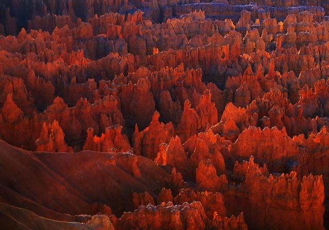 Sunrise at Sunset Point, Bryce Canyon National Park,, Utah, United States of America
