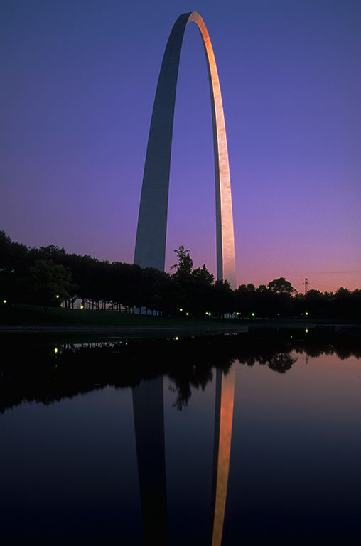 Sunset Over Reflecting Pool, Gateway Arch, Jefferson National Expansion Memorial, St. Louis, Missouri, United States