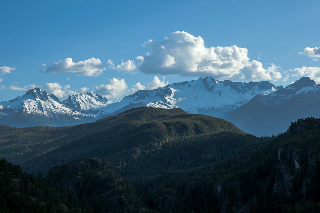Tantalus Mountain Range, From the sea to sky Highway, Dear Brohn Lake, British Columbia, Canada