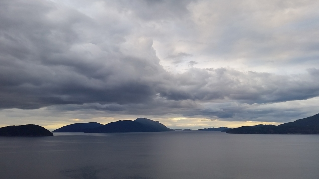 Howe Sound, From Brunswick pit, Off the Sea to Sky Highway, Lions Bay, British Columbia, Canada