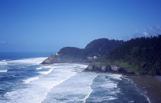 Waves, Heceta Head Lighthouse, Yachats, Oregon, United States of America