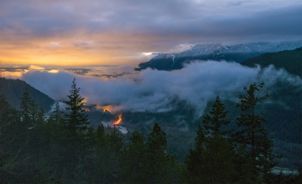 Between the Clouds, Cheakamus River Valley, Tantalus Lookout, Sea to Sky Highway, Near Squamish, British Columbia, Canada