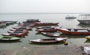 Bathing in the Ganga, Ganges River, Varanasi, Uttar Pradesh, India