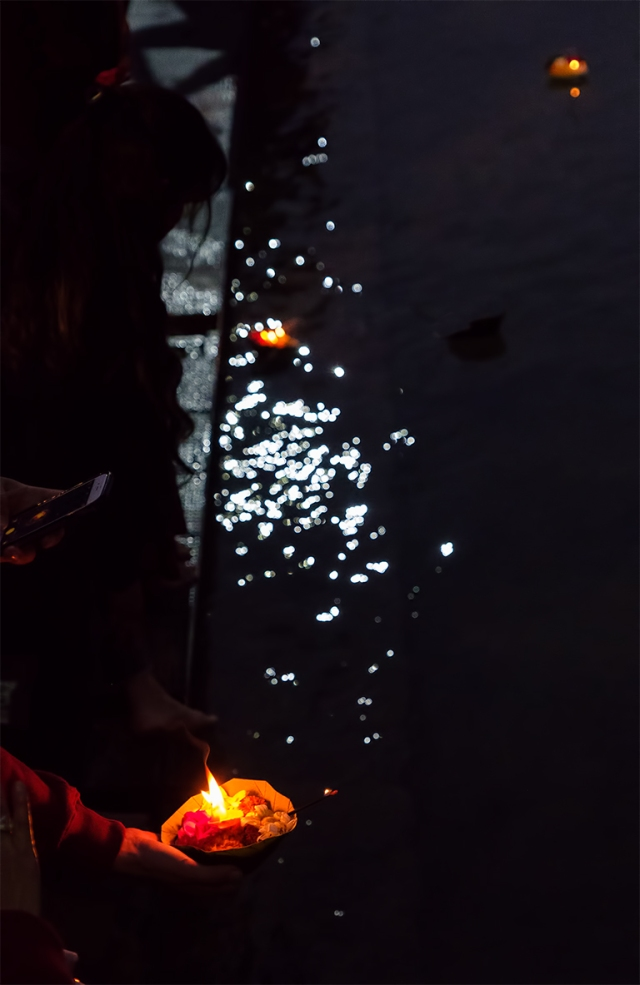 Fire, Flowers and River, Ganga Aarti Ceremony, Parmarth Niketan Ashram, Rishikesh, Uttarakhand, India