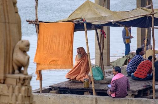 bhagwan-on-the-ganges-ganga-river-varanasi-uttar-pradesh-india