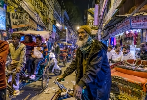 Bicycle Rickshaw Driver, Chandni Chowk market, Old Delhi.