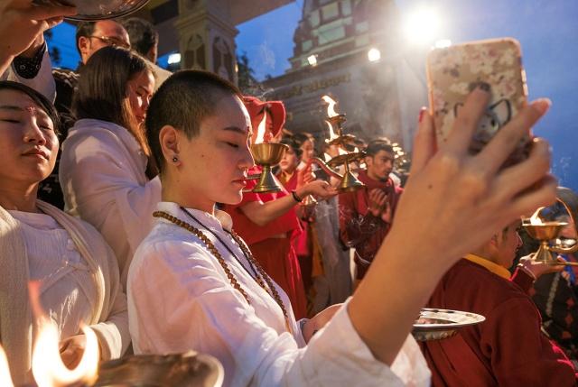 Little Buddha Selfie, Ganga Aarti Ceremony, Parmarth Niketan Ashram, Rishikesh, Uttarakhand, India