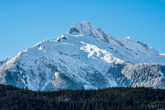Serrated Edge, Tantalus Mountain Range, From Tantalus Lookout, Squamish, Sea to Sky Highway, British Columbia, Canada