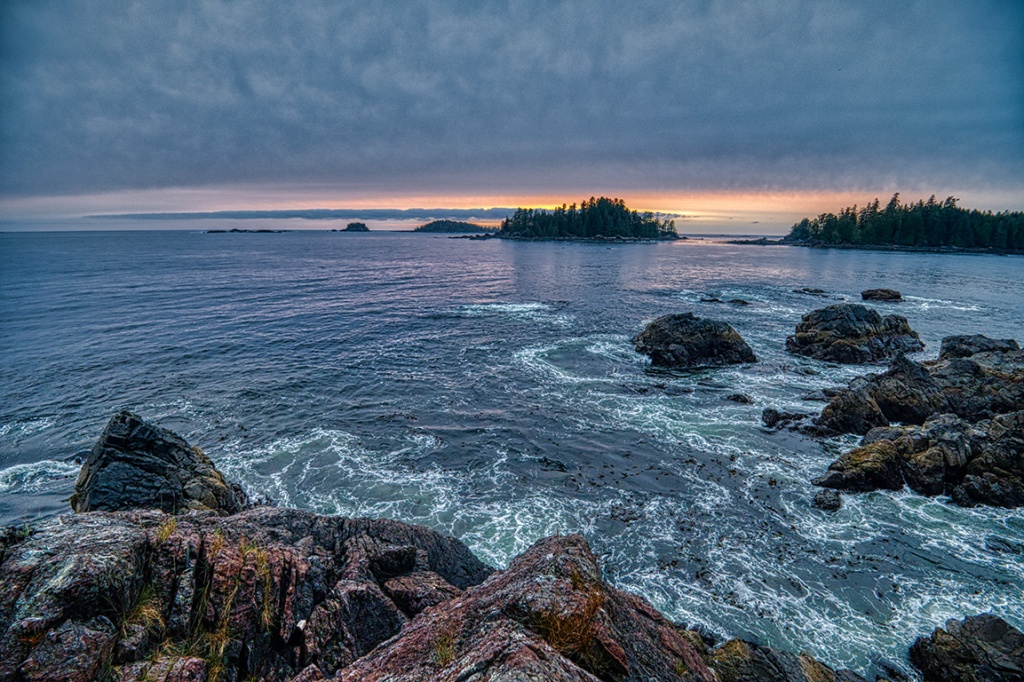 Eddies, Food Islets, Near Ucluelet, Vancouver Island, British Columbia, Canada