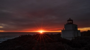 Amphitrite Sunset Lovers, Amphitrite Point Lighthouse, Ucluelet, British Columbia, Canada