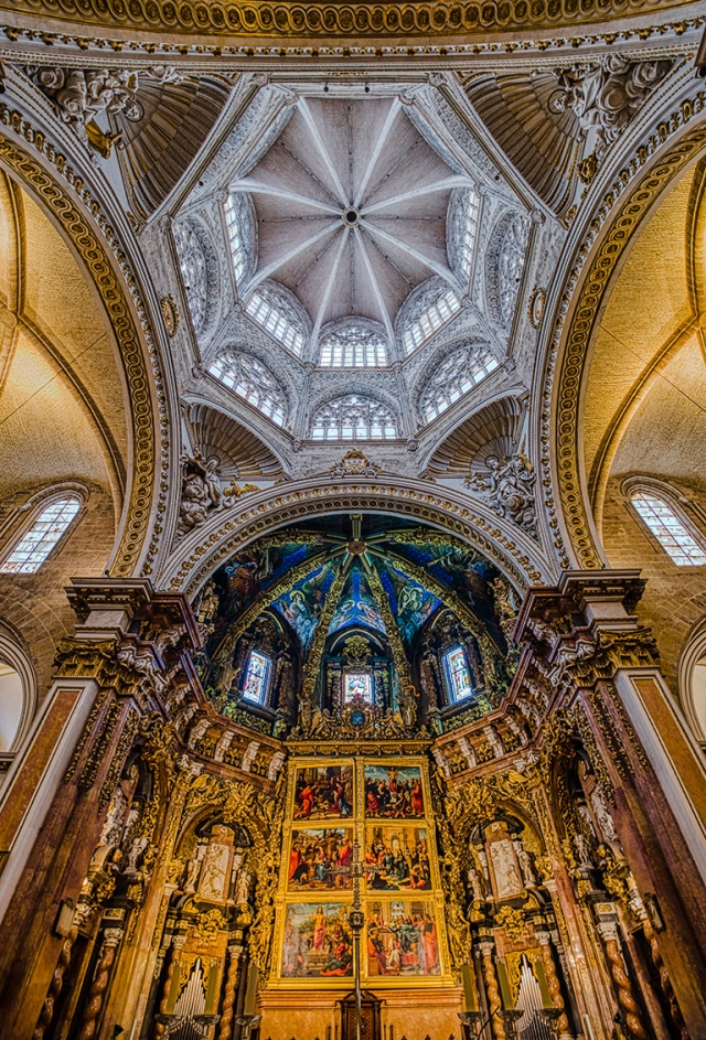 Chancel and Dome, Valencia Cathedral, Valencia, Spain