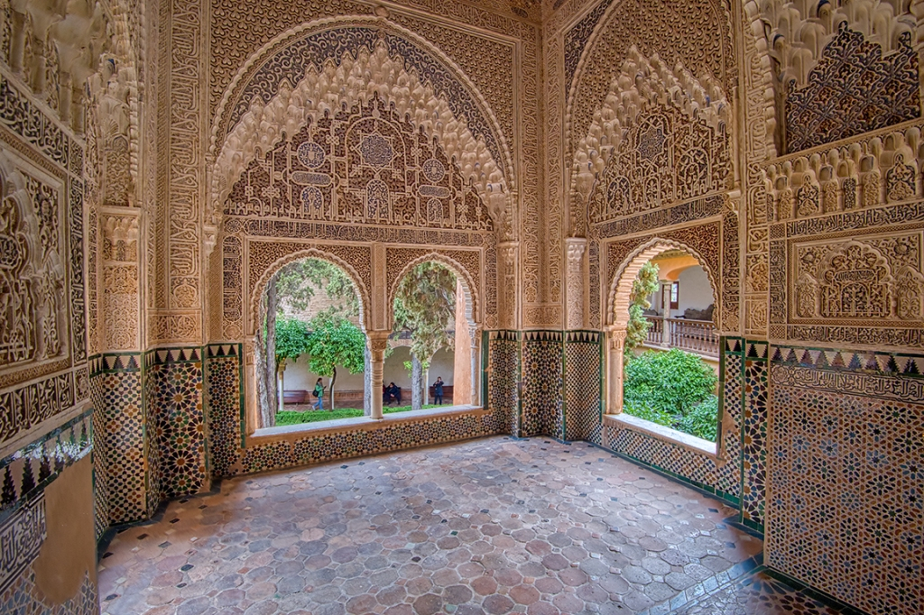 Windows, Palacios Nazaríes, Alhambra, Granada, Andalucia, Spain