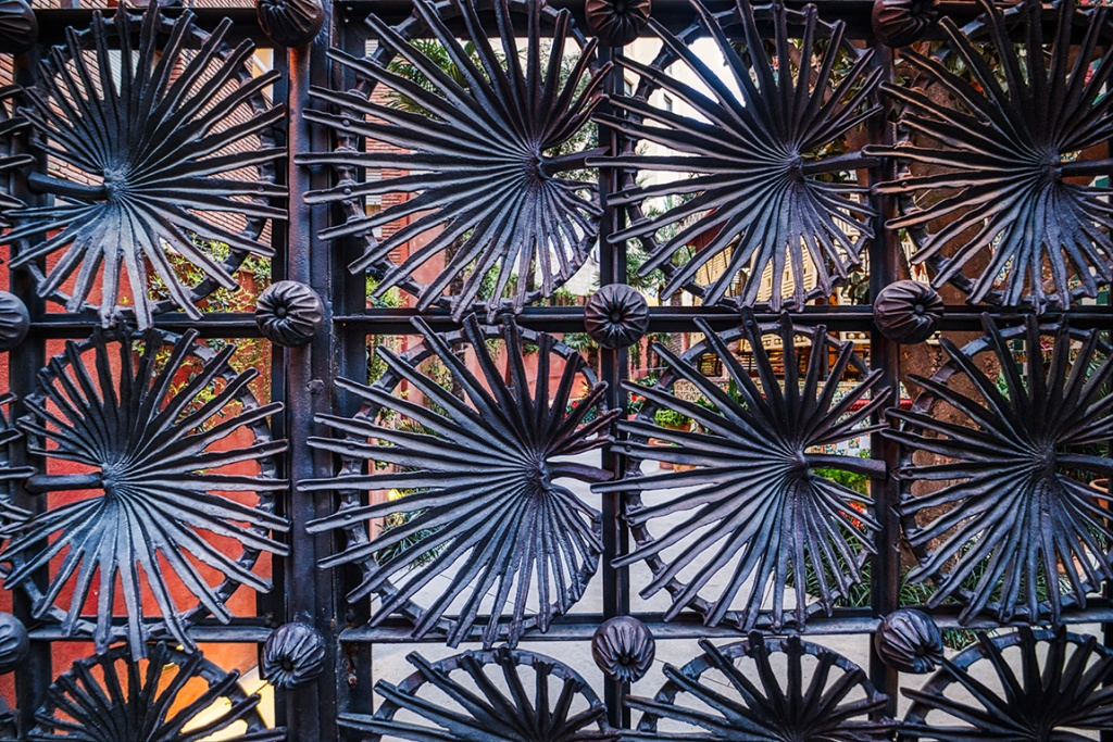 Gaudi Gate, Casa Vicens, Barcelona, Catalonia, Spain