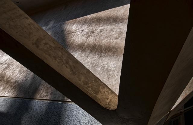 Shadow and Light II, Museu de les Ciències, Ciutat de les Arts i les Ciències, Valencia, Spain