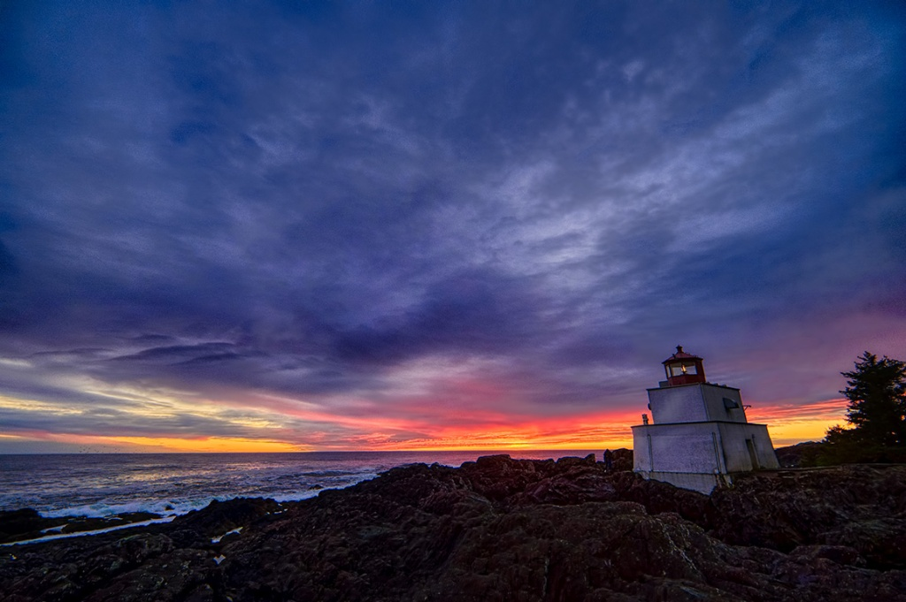 Molten Horizon, Amphitrite Lighthouse, Wild Pacific Trail, Ucluelet, British Columbia, Canada