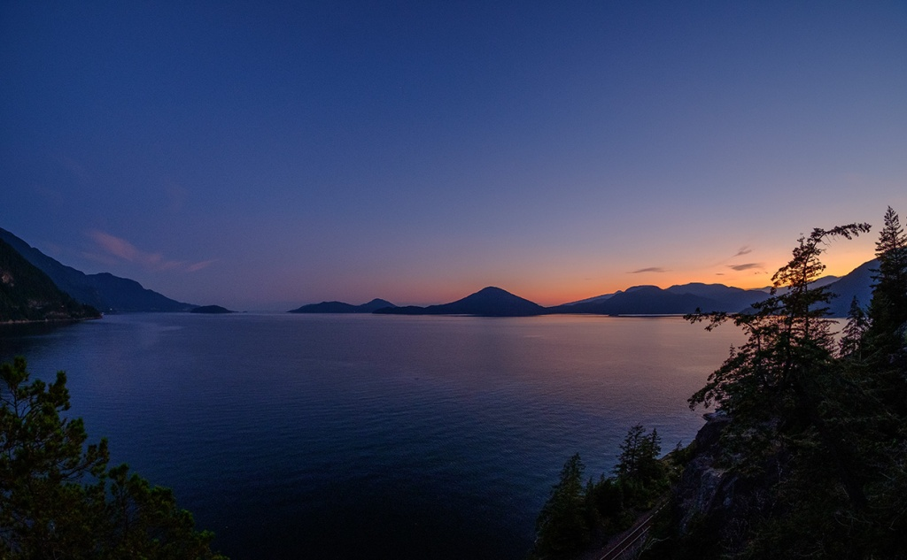 Ebbing Radiance, Howe Sound, Sea to Sky Highway, Near Lions Bay, British Columbia, Canada