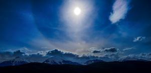 Sun Halo, Tantalus Mountain Range, Sea to Sky Highway, British Columbia, Canada