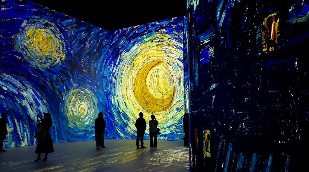 Starry Night, Imagine Van Gogh, Vancouver, British Columbia, Canada