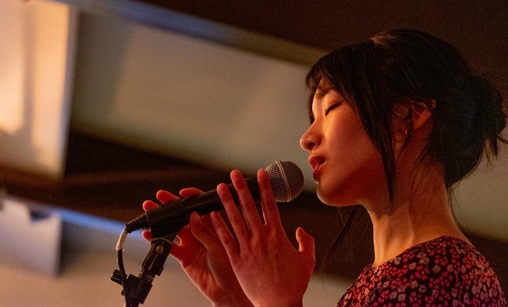 She Sings, Josephine Choi, Badaboom, Bay Moorings Restaurant, Horseshoe Bay, West Vancouver, British Columbia, Canada